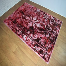 Distressed Traditional Red/White Area Rug
