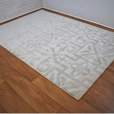 Traditional Beige & White Rug