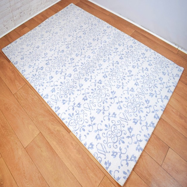 Traditional Patterned Cream and Blue Area Rug