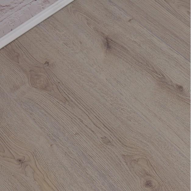 Geneva Elite Light Oak Laminate Flooring