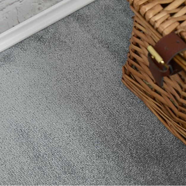Velvet Saxony Sky Grey Carpet